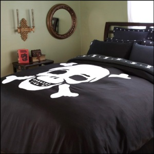 Skull and Crossbones Duvet Covers